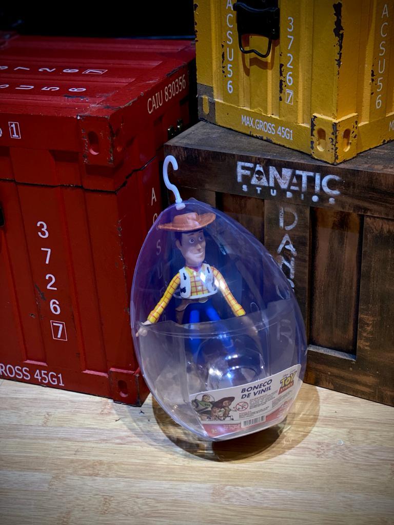 Boneco No Ovo Woody: Toy Story