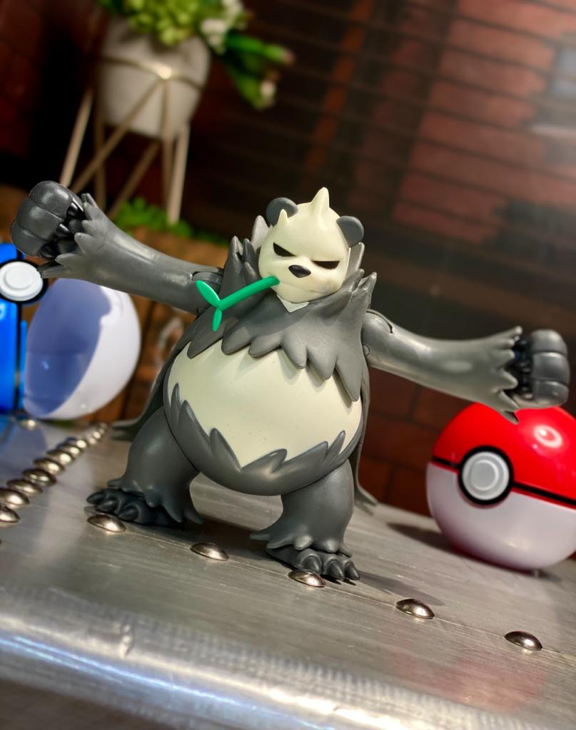 Boneco Pangoro: Pokémon (Battle Feature Figure) - Sunny