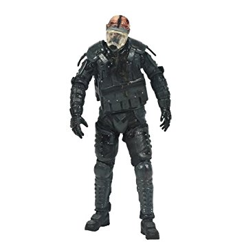 Boneco Riot Gear Zombie: The Walking Dead Series 4 - McFarlane Toys