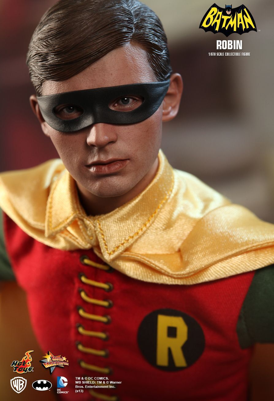 Action Figure Robin: Batman (Classic TV Series)1966 (Escala 1/6) MMS219 - Hot Toys (USADO E SEM CAIXA)