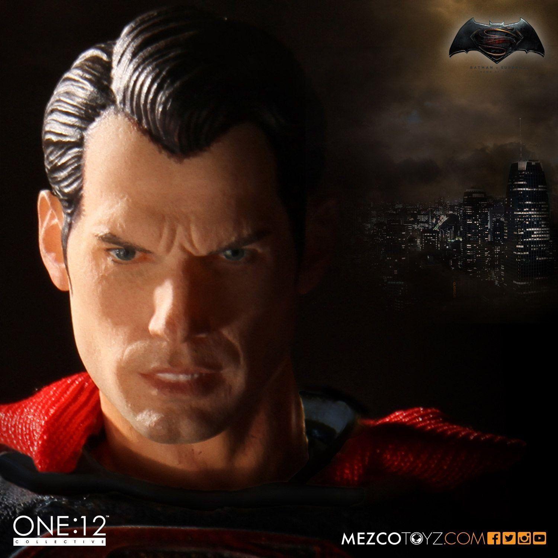 Boneco Superman: Batman Vs Superman One:12 Collect - CD