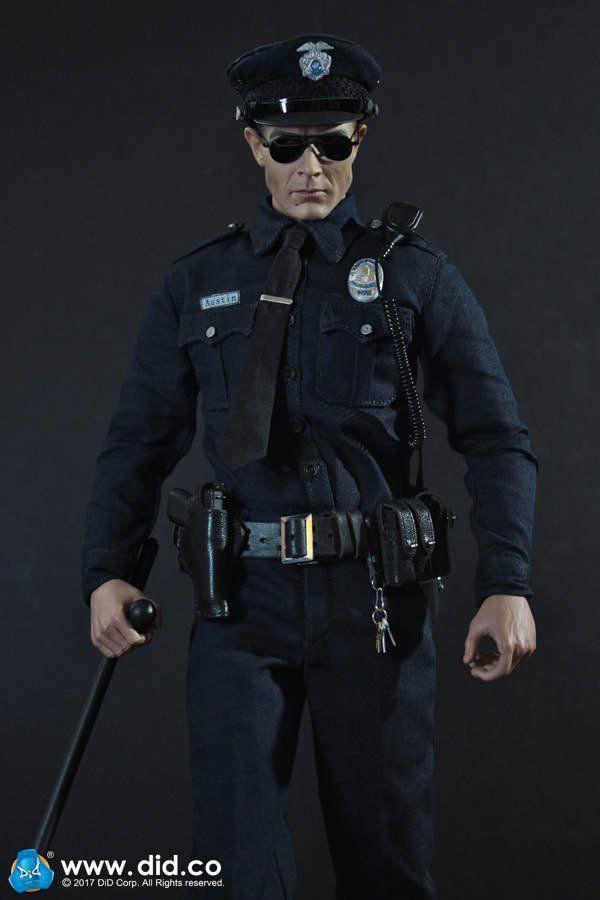 Boneco T-1000: O Exterminador do Futuro 2 O Julgamento Final (Terminator 2: Judgment Day) Escala 1/6 - DID (Apenas Venda Online)