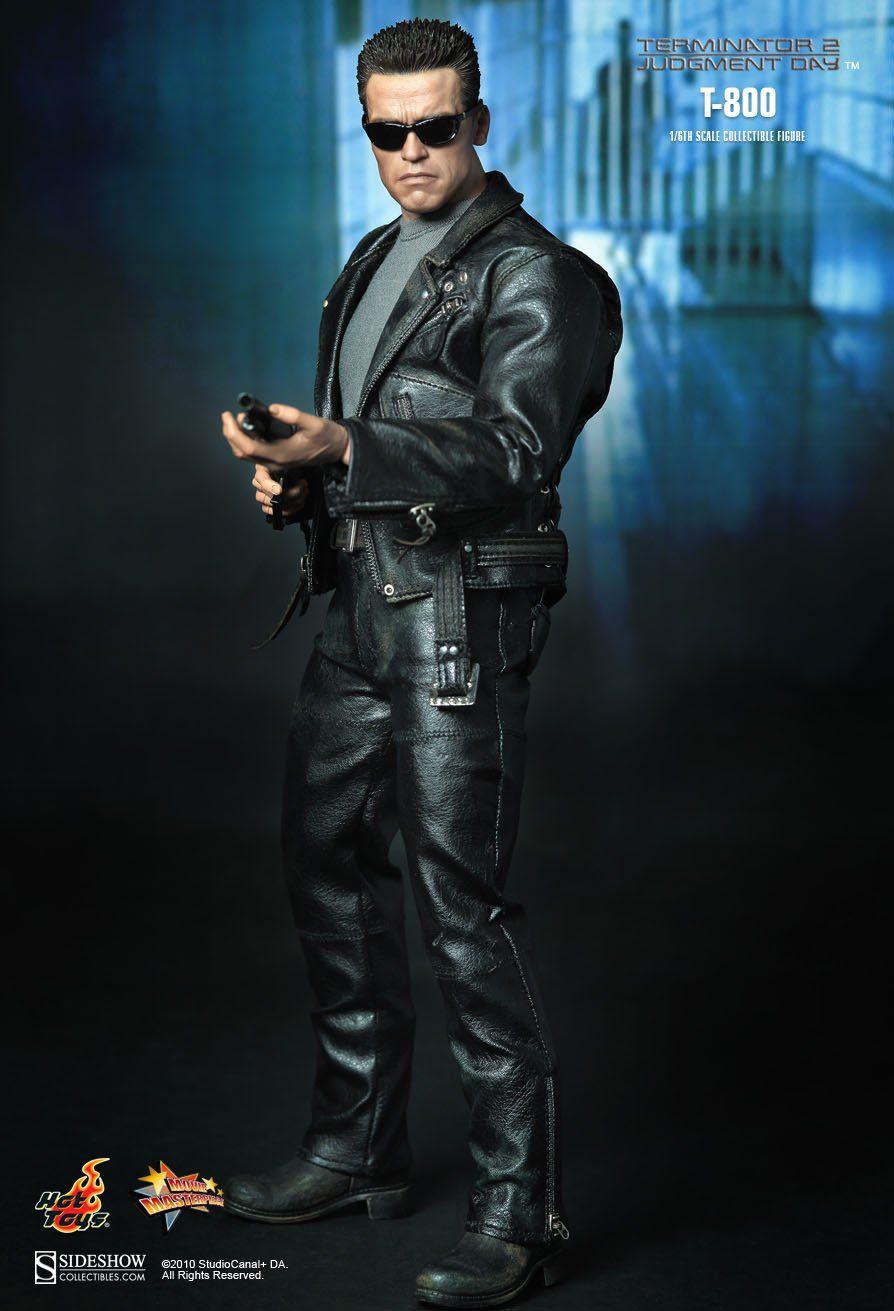 Action Figure T-800: Exterminador do Futuro 2 (Terminator 2) (MMS117) Escala 1/6 Boneco Colecionável - Hot Toys