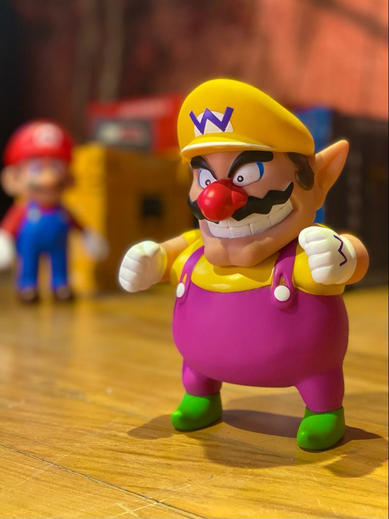 Boneco Wario: Super Mario Bros (20Cm)