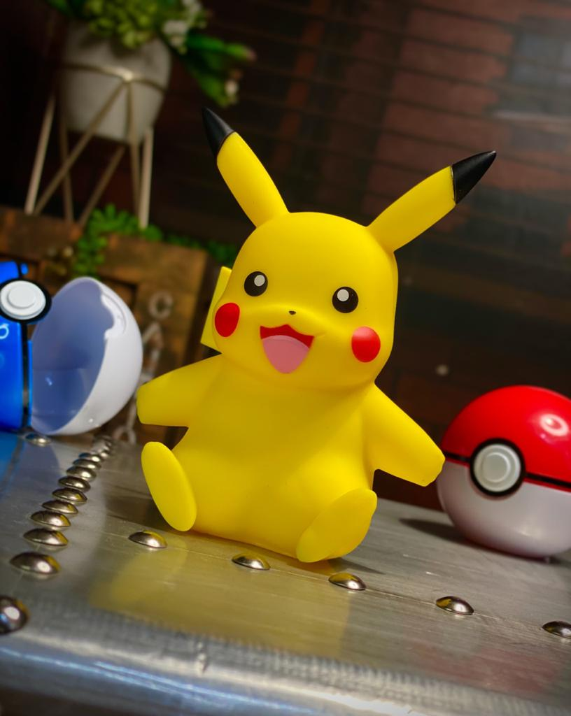 Bonecos Vinil Pikachu: Pokémon 10cm Serie 1 - Sunny