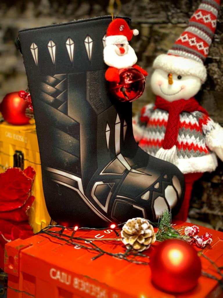 Bota Pantera Negra Enfeite de Natal Porta Presentes - Marvel
