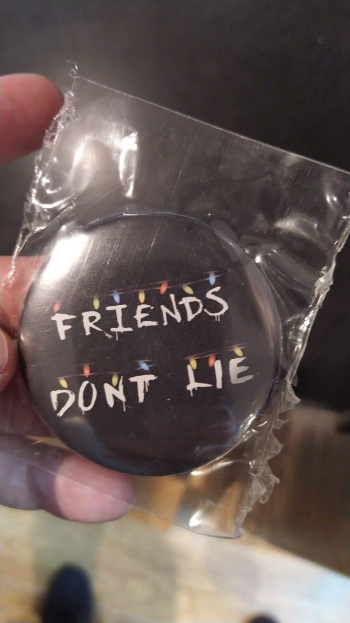 Bottom Stranger Things: Friends Don't Lie Luzes