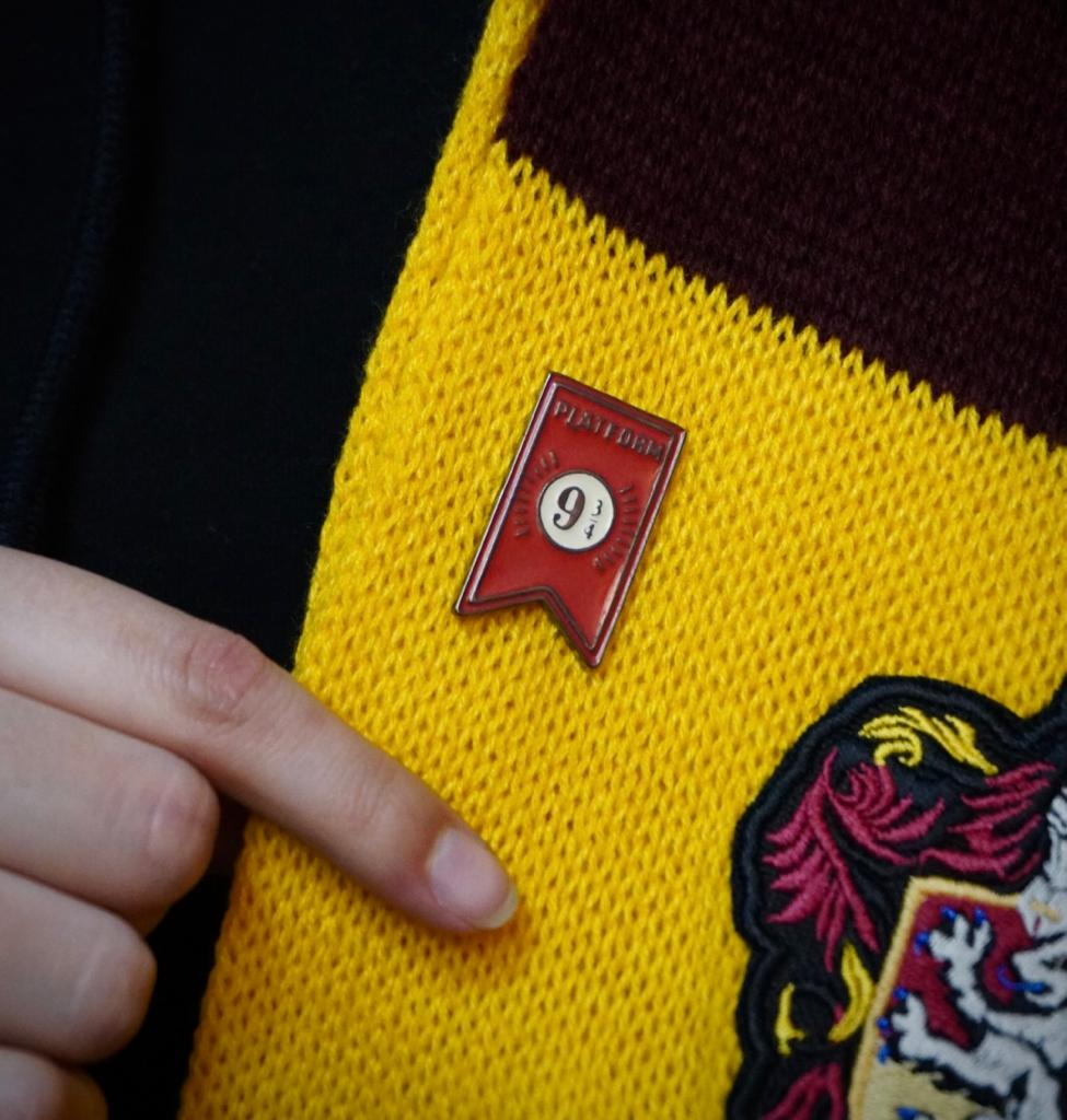 Botton Pin Bandeira Plataforma 9 3/4: Harry Potter