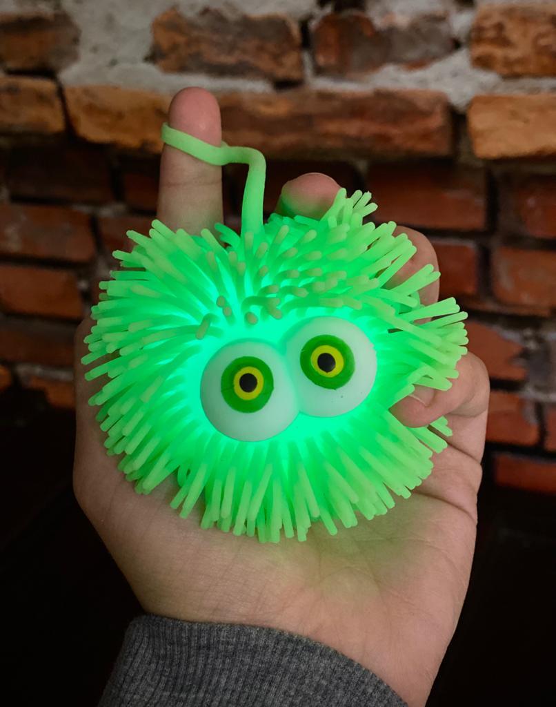Brinquedo Anti Estresse Fidget Bolinha Maluca Olhos Verde e Amarelo Apertar Sensorial de Alívio de Stress Fidget Pop Tube Stress Ball Wacky Track Squish SquishMallow - Verde