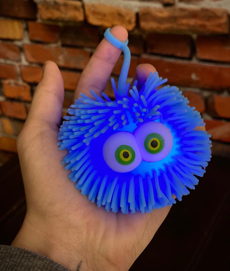Brinquedo Anti Estresse Fidget Bolinha Maluca Olhos Verde e Amarelo Apertar Sensorial de Alívio de Stress Fidget Pop Tube Stress Ball Wacky Track Squish SquishMallow - Azul