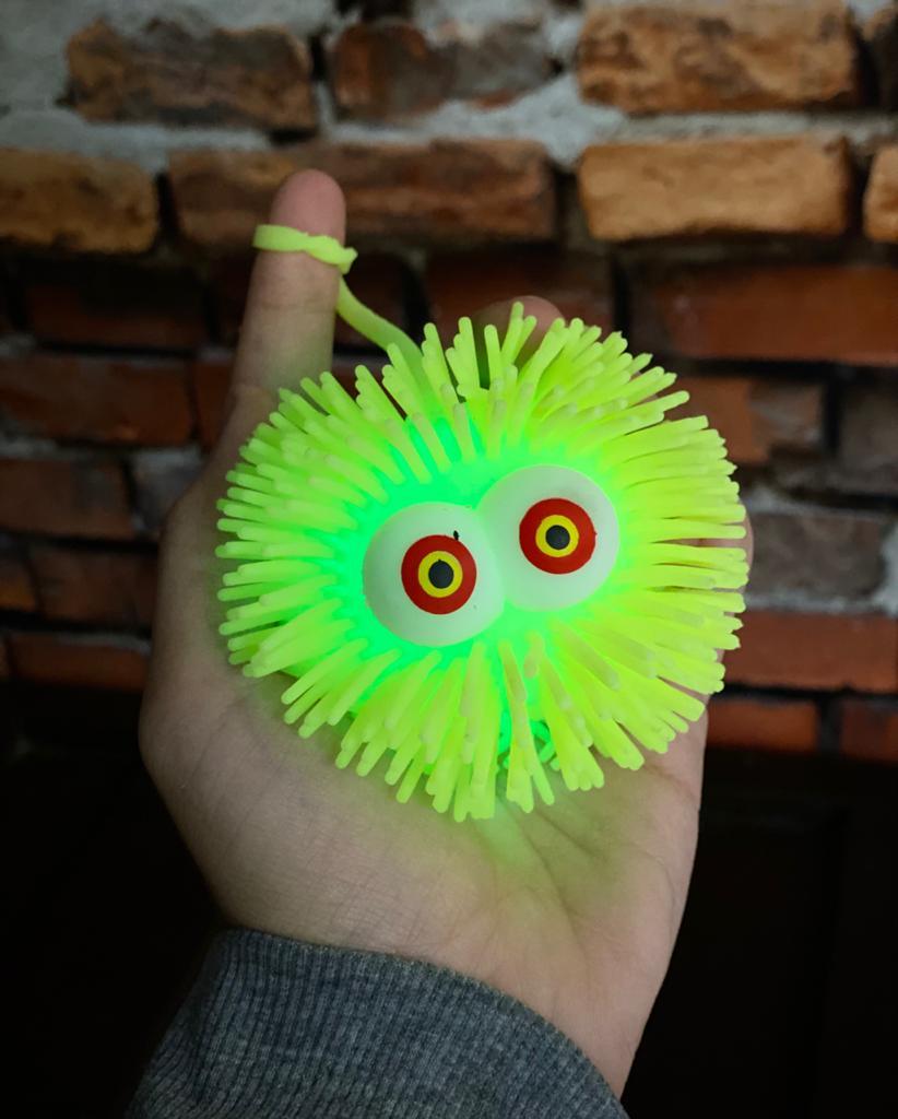 Brinquedo Anti Estresse Fidget Bolinha Maluca Olhos Vermelho e Amarelo Apertar Sensorial de Alívio de Stress Fidget Pop Tube Stress Ball Wacky Track Squish SquishMallow - Amarelo