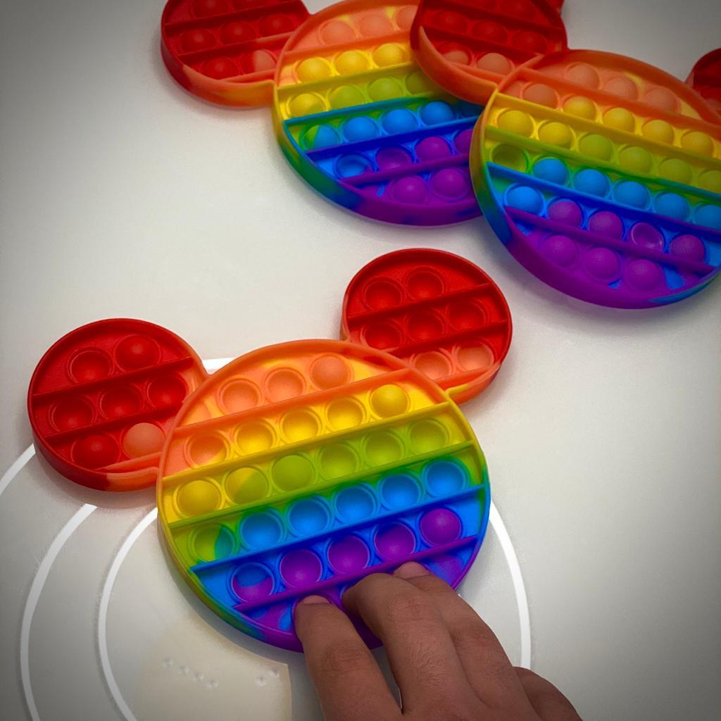 Brinquedo Anti Estresse Fidget Bubble Bolha Mickey Colorido Sensorial de Alívio de Stress Arco Íris
