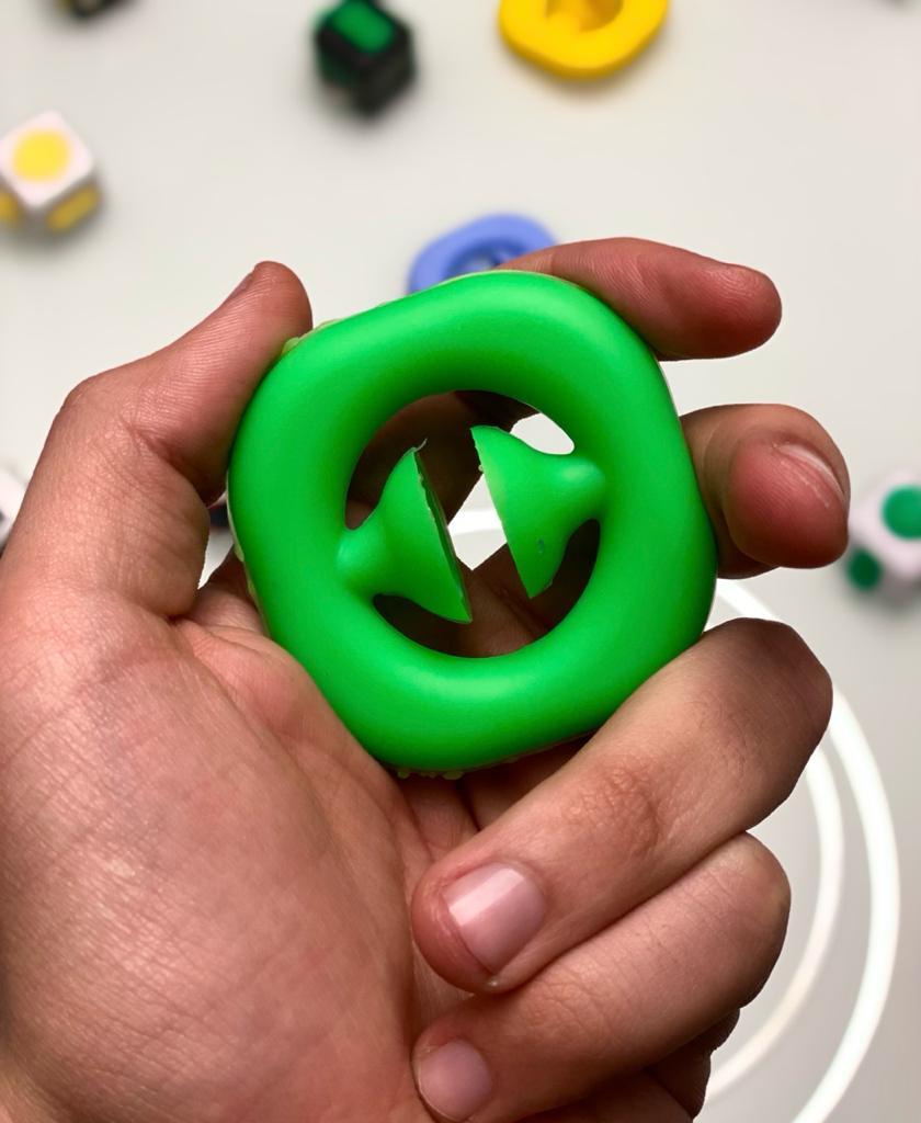 Brinquedo Anti Estresse Fidget Círculo Com Ventosa Verde