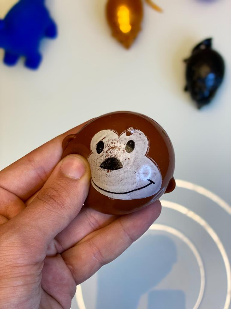 Brinquedo Anti Estresse Fidget Pop Tube Stress Ball Wacky Track Squish SquishMallow Macaco Monkey Splash de Gel Apertar Sensorial de Alívio de Stress
