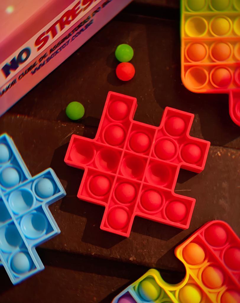 Brinquedo Anti Estresse Pop It Fidget Pop Tube Stress Ball Wacky Track SquishMallow Bubble Bolha Peça de Montar Quebra Cabeça Vermelho Sensorial de Alívio de Stress