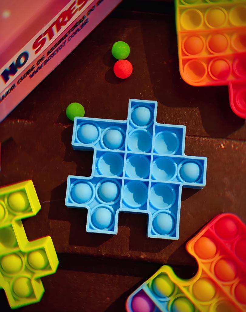 Brinquedo Anti Estresse Pop It Fidget Pop Tube Stress Ball Wacky Track SquishMallow Bubble Bolha Peça de Montar Quebra Cabeça Azul Sensoria Sensorial de Alívio de Stress