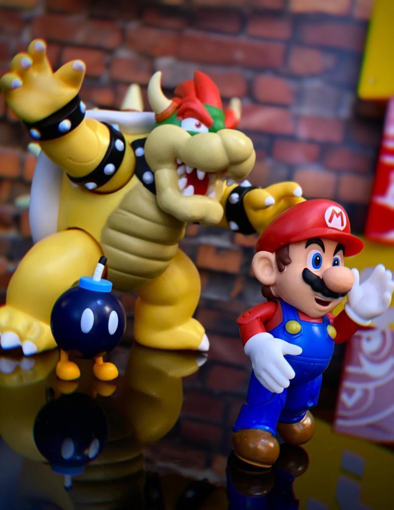 Brinquedo Bonecos Action Figure Bowser Set de Batalha na Lava: New Super Mario World - Jakks Pacific