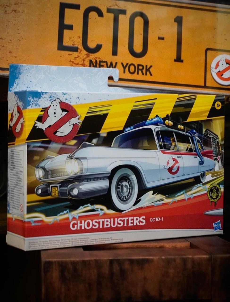 Brinquedo Carrinho Ecto-1 Os Caça Fantasmas Ghostbusters E9560 - Hasbro