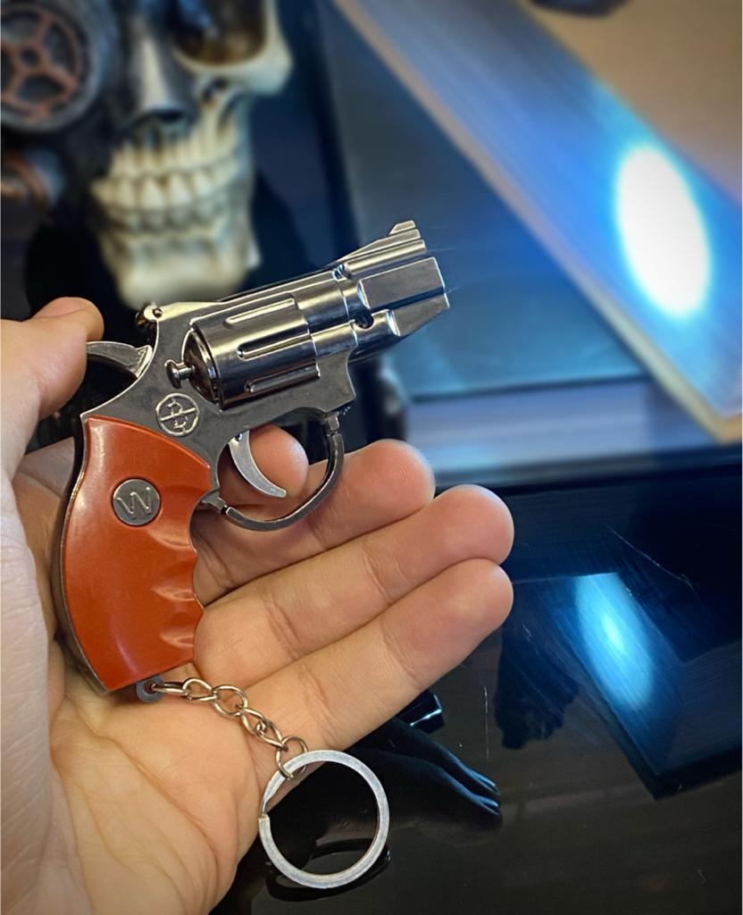 Brinquedo Chaveiro Replica Revolver Pistola Arma Gun Led Laser Lanterna