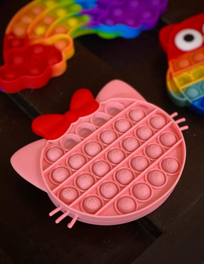 Brinquedo Prime Anti Estresse Pop It Fidget Bubble Bolha Gata Gatinha Hello Kitty Rosa Pop Tube Stress Ball Wacky Track SquishMallow Sensorial De Alívio Stress