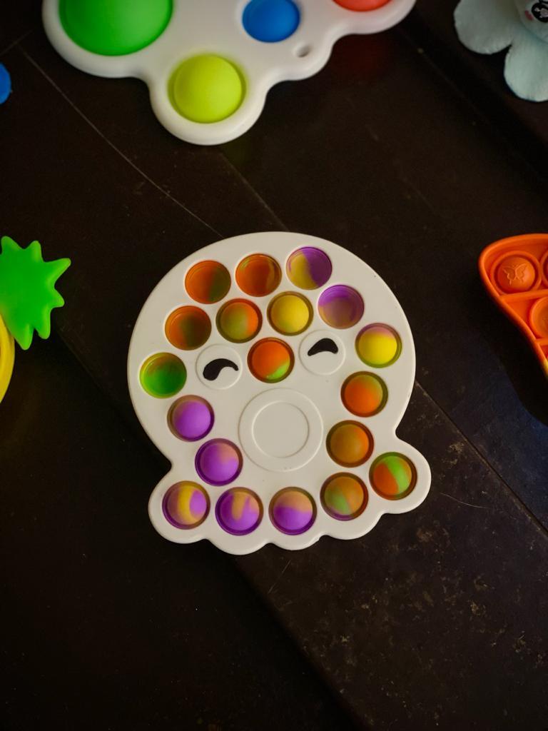 Brinquedo Prime Anti Estresse Pop It Fidget Bubble Bolha Pop Tube Stress Ball Wacky Track SquishMallow Polvo Bolinhas Coloridas Tie Dye Sensorial de Alívio de Stres