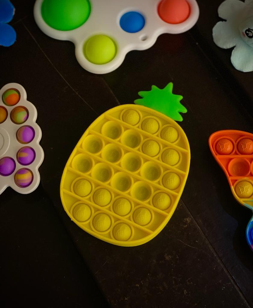 Brinquedo Prime Anti Estresse Pop It Fidget Bubble Bolha Pop Tube Stress Ball Wacky Track SquishMallow Casa Bob Esponja Abacaxi Amarelo Sensorial de Alívio de Stress
