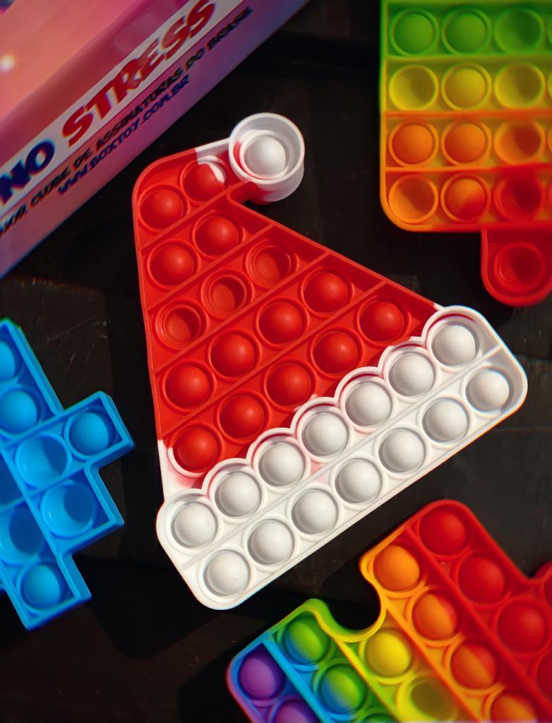 Brinquedo Prime Chapéu Papai Noel Anti Estresse Pop It Fidget Bubble Bolha Pop Tube Stress Ball Wacky Track SquishMallow Sensorial De Alívio Stress
