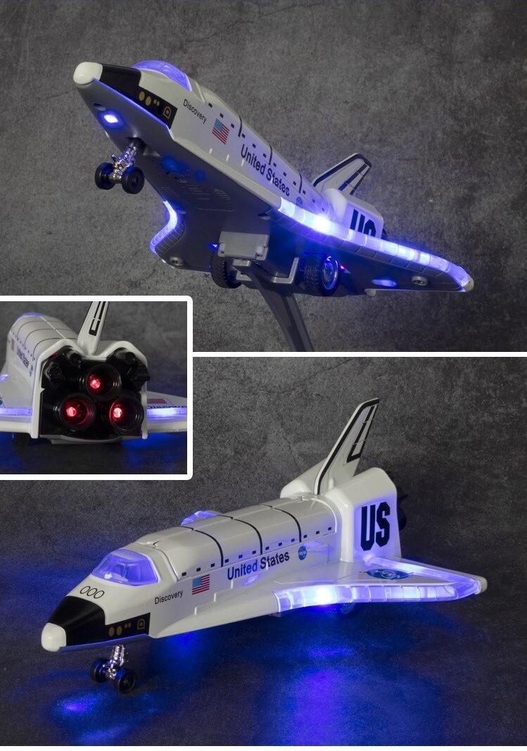 Brinquedo Réplica Onibus Espacial Shuttle Nasa Espaço Astronauta Discovery OV-102 Columbia Luz e Som Diecast 20 cm MKP
