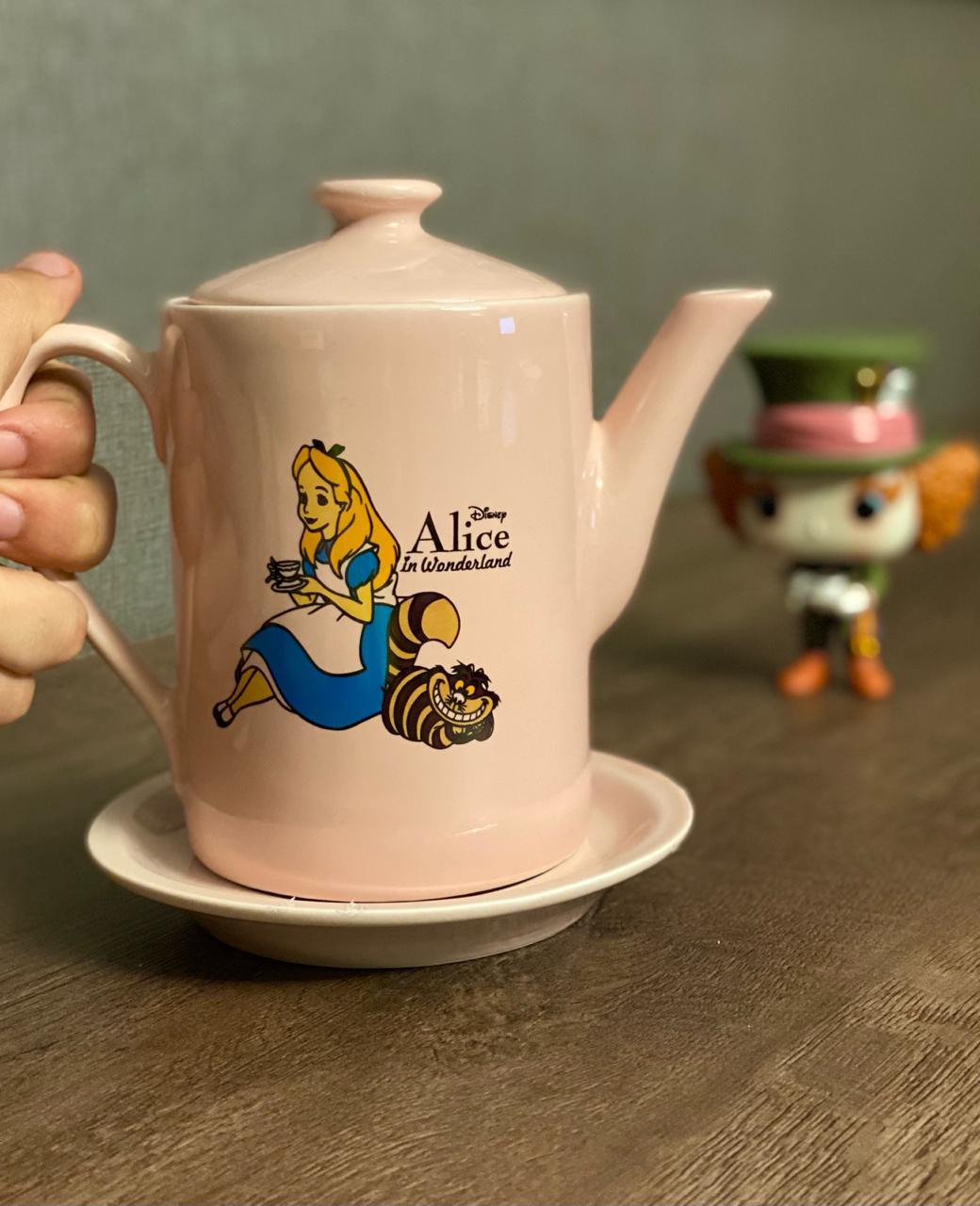 Bule Alice: Alice No País Das Maravilhas