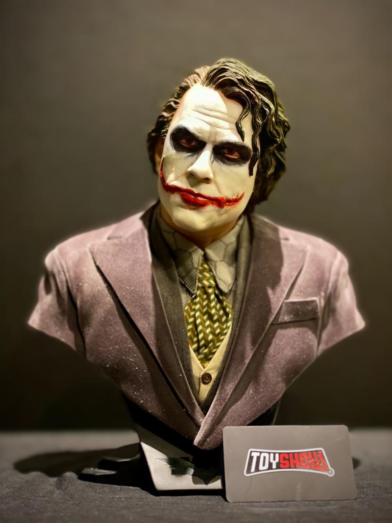 Estátua Busto Coringa (Joker): Batman O Cavaleiro das Trevas Escala 1/2 - DC Direct