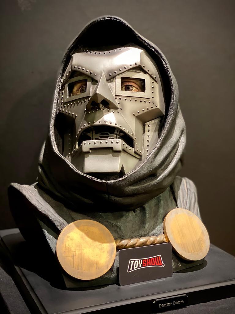Estátua Busto Dr Doom: Doutor Destino: Marvel Escala 1/1 - Sideshow