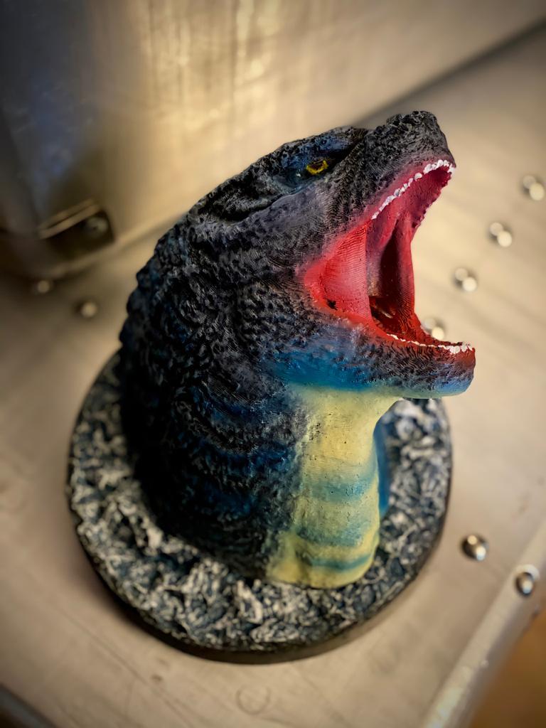 Estátua Busto Godzilla Atacando: Godzilla Reis dos Monstros Escala 1/10