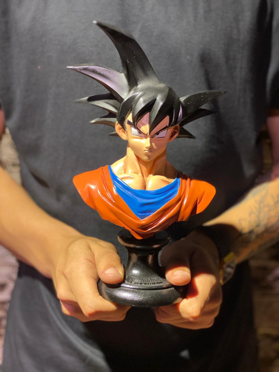 Estátua Busto Goku: Dragon Ball Z - Wars - EV