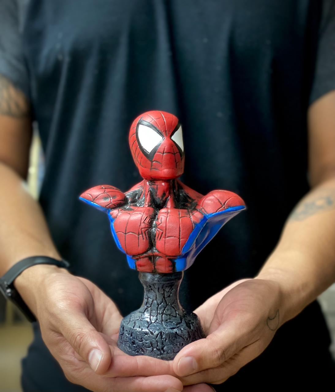 Estátua Busto Homem - Aranha Spider-Man: O Espetacular Homem-Aranha The Amazing Spider-Man - Marvel