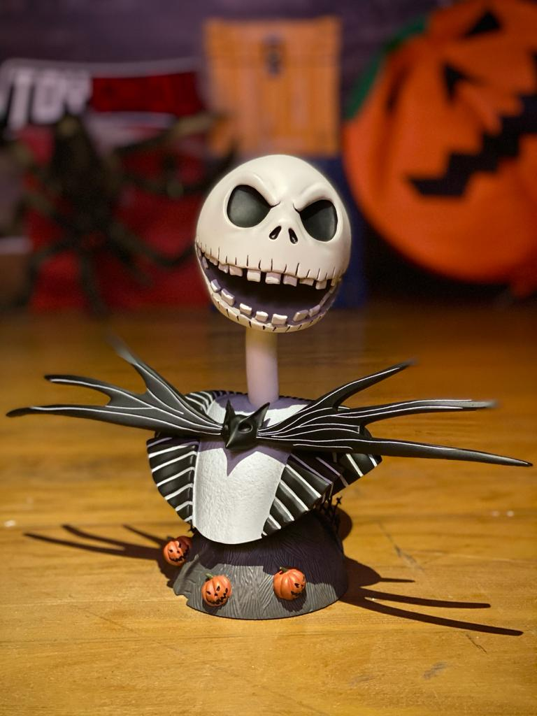 Busto Jack Skellington (Legendary Film): O Estranho Mundo de Jack Escala ( The Nightmare Before Christmas) Escala 1/2 - Diamond Select