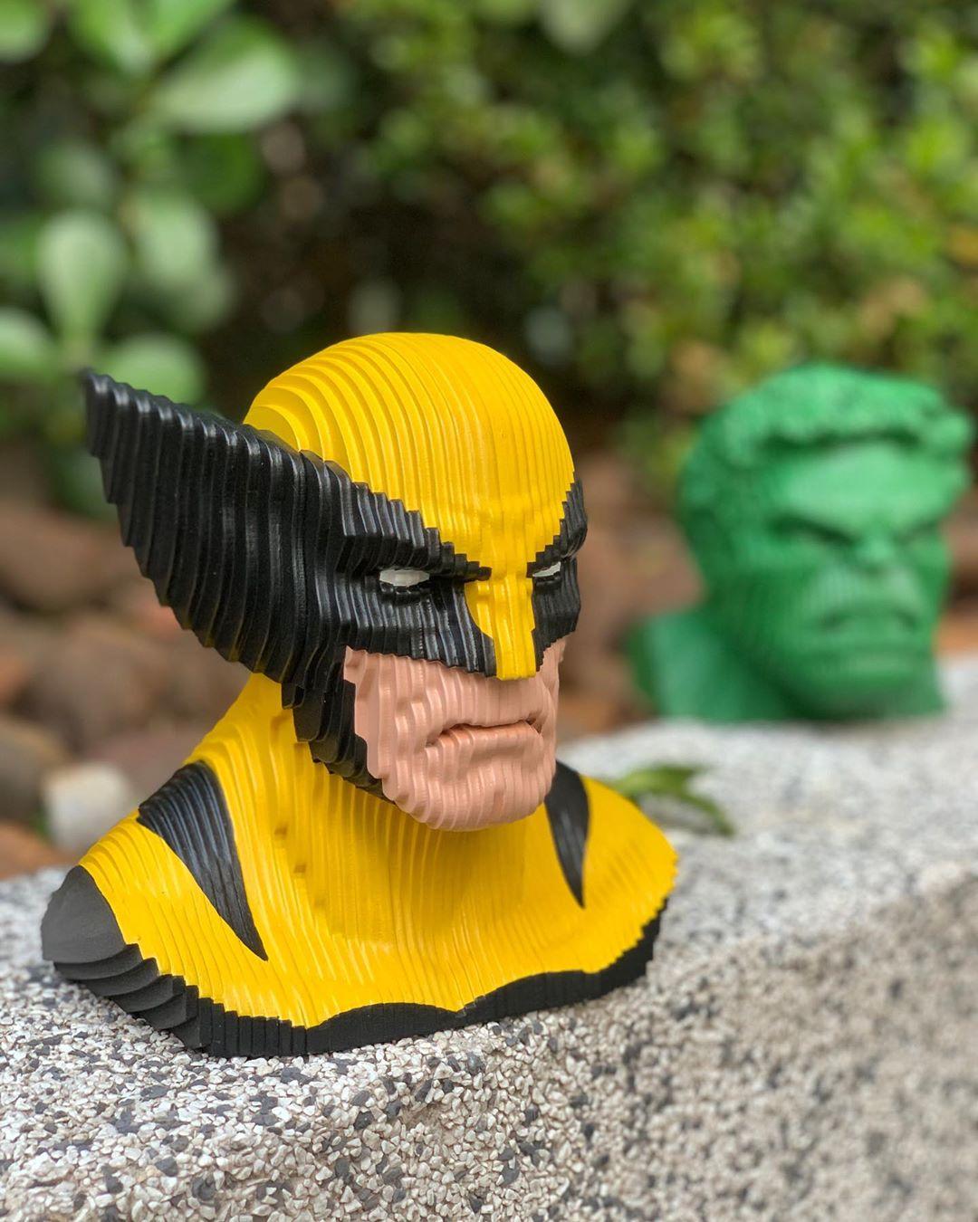 Busto MDF Colorido Wolverine Clássico: X-Men (Marvel Comics) - EV