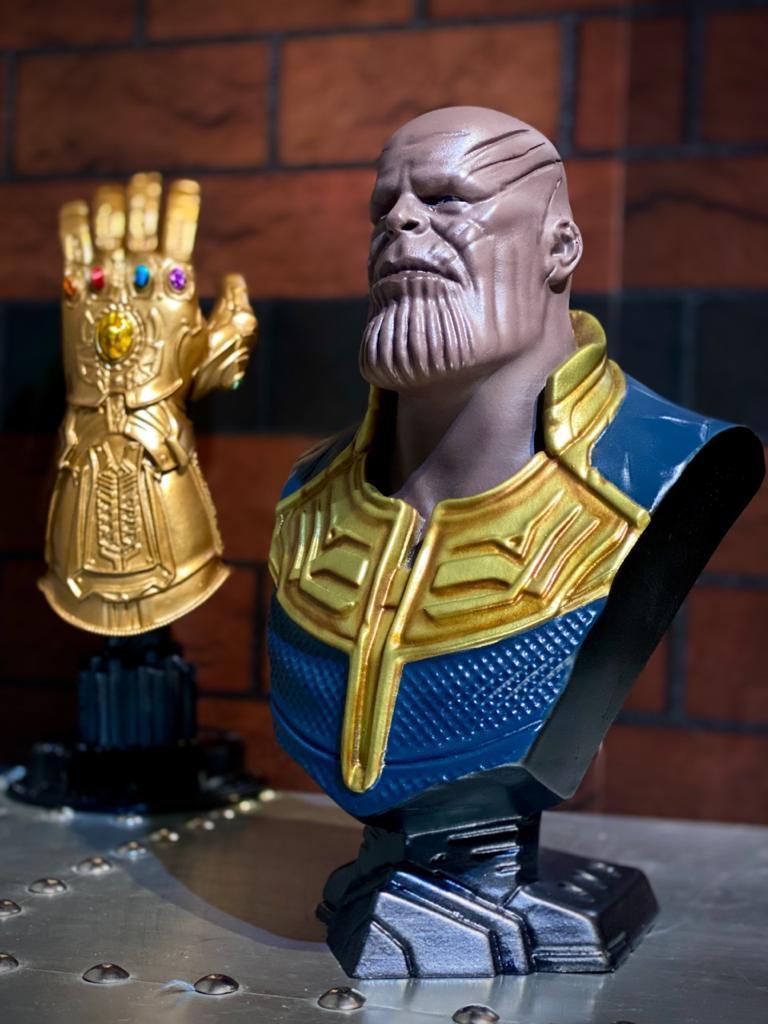 Estátua Busto Thanos Avengers Infinity War Vingadores Guerra Infinita - Marvel - EVALI