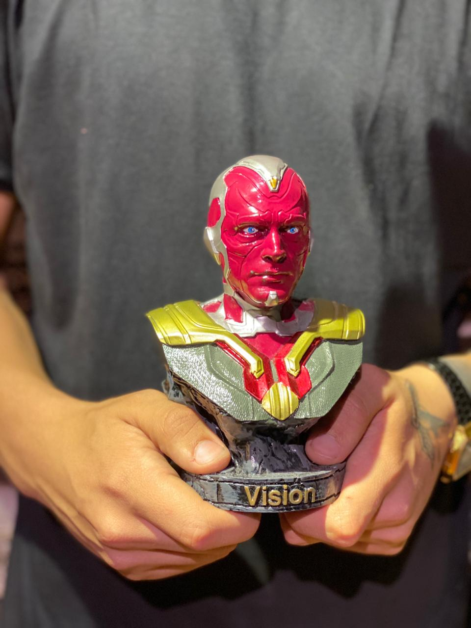 Estátua Busto Visão: Vingadores Guerra Infinita - EV  - Toyshow Geek e Colecionáveis Tudo em Marvel DC Netflix Vídeo Games
