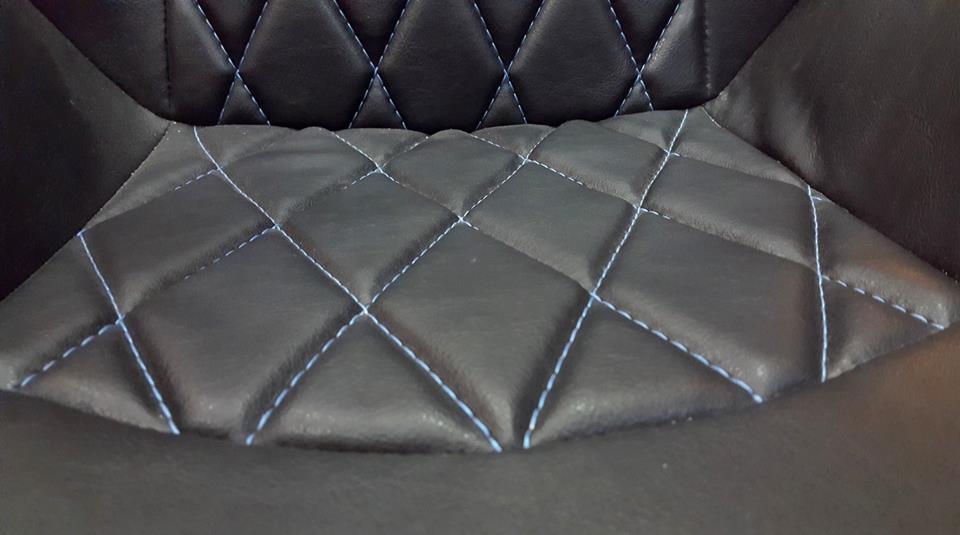 Cadeira Estofada de Couro: Escudo Capitão América
