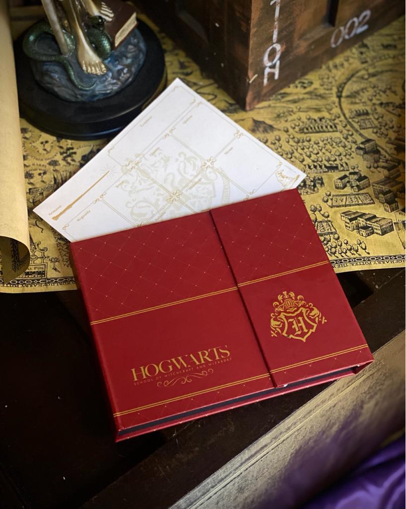 Caderno Planner Calendário Semanal Notas Hogwarts: Harry Potter Vermelho 240 Folhas - Zona Criativa