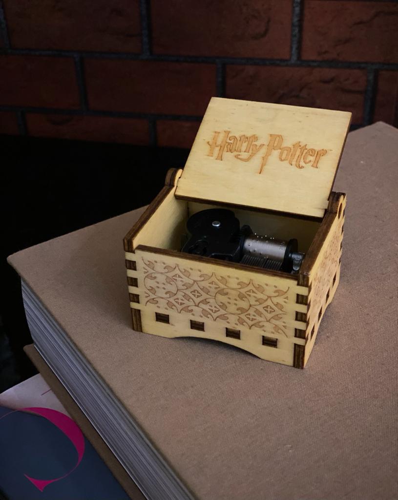 Caixa De Música De Corda Harry Potter