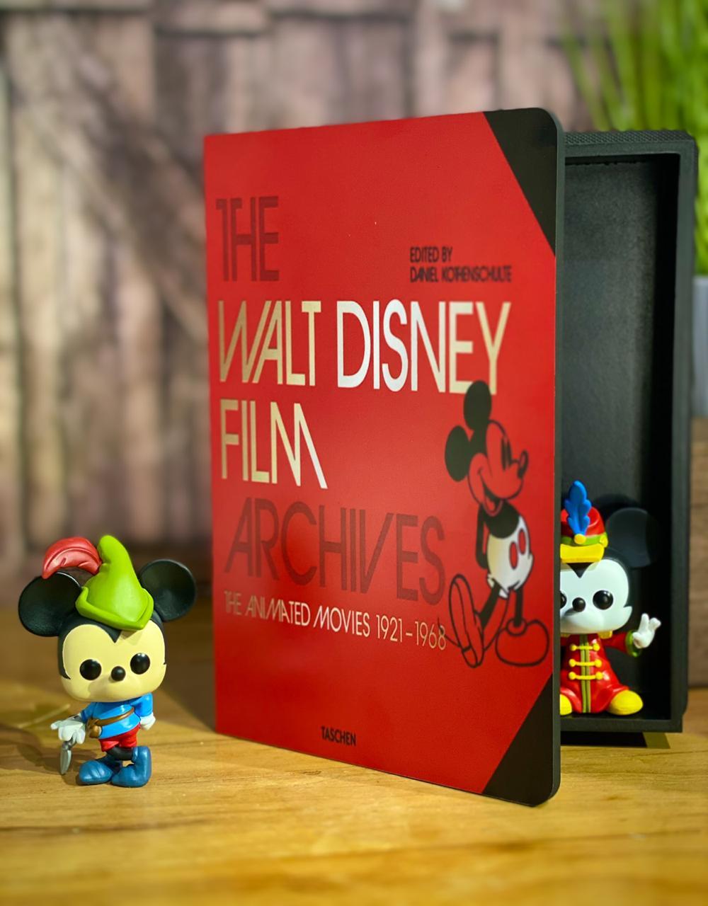 Caixa Livro The Walt Disney Film Archves: ''The Animeted Moveis 1921-1968'' - Disney