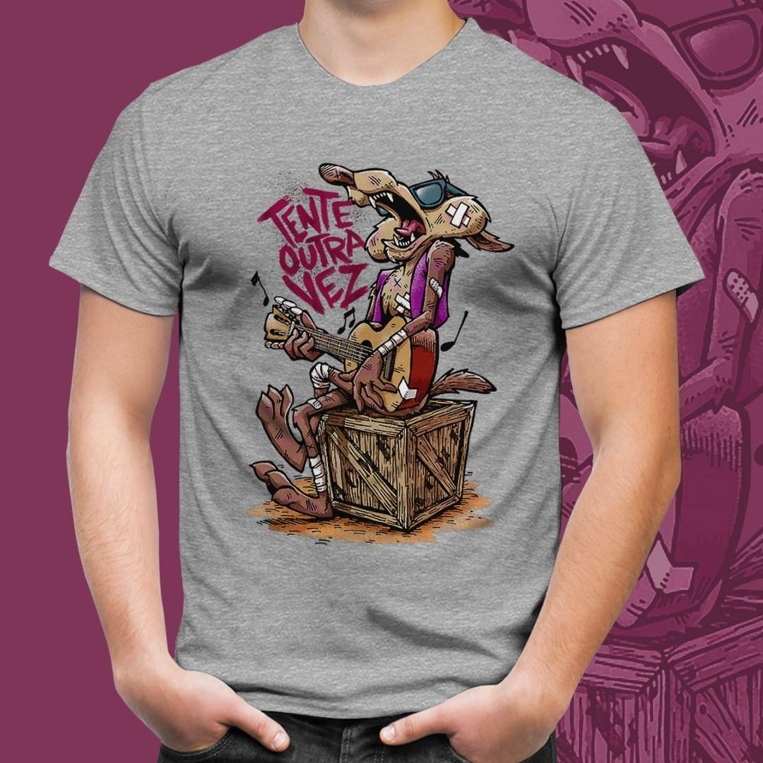 "Camiseta Cinza Unissex Wile Coyote ""Tente Outra Vez"""