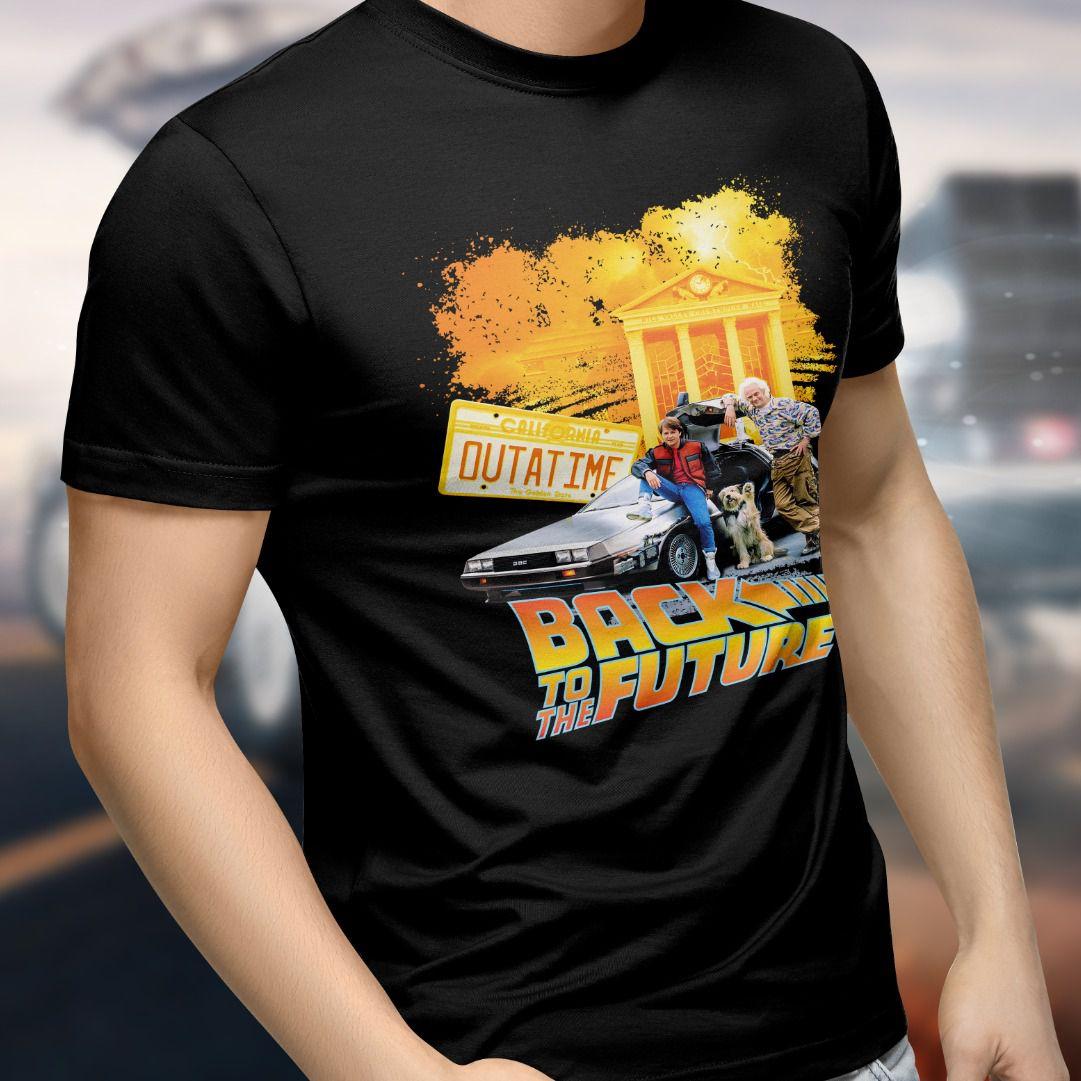 Camiseta De Volta Para o Futuro (Back To The Future): Outatime (Preto)