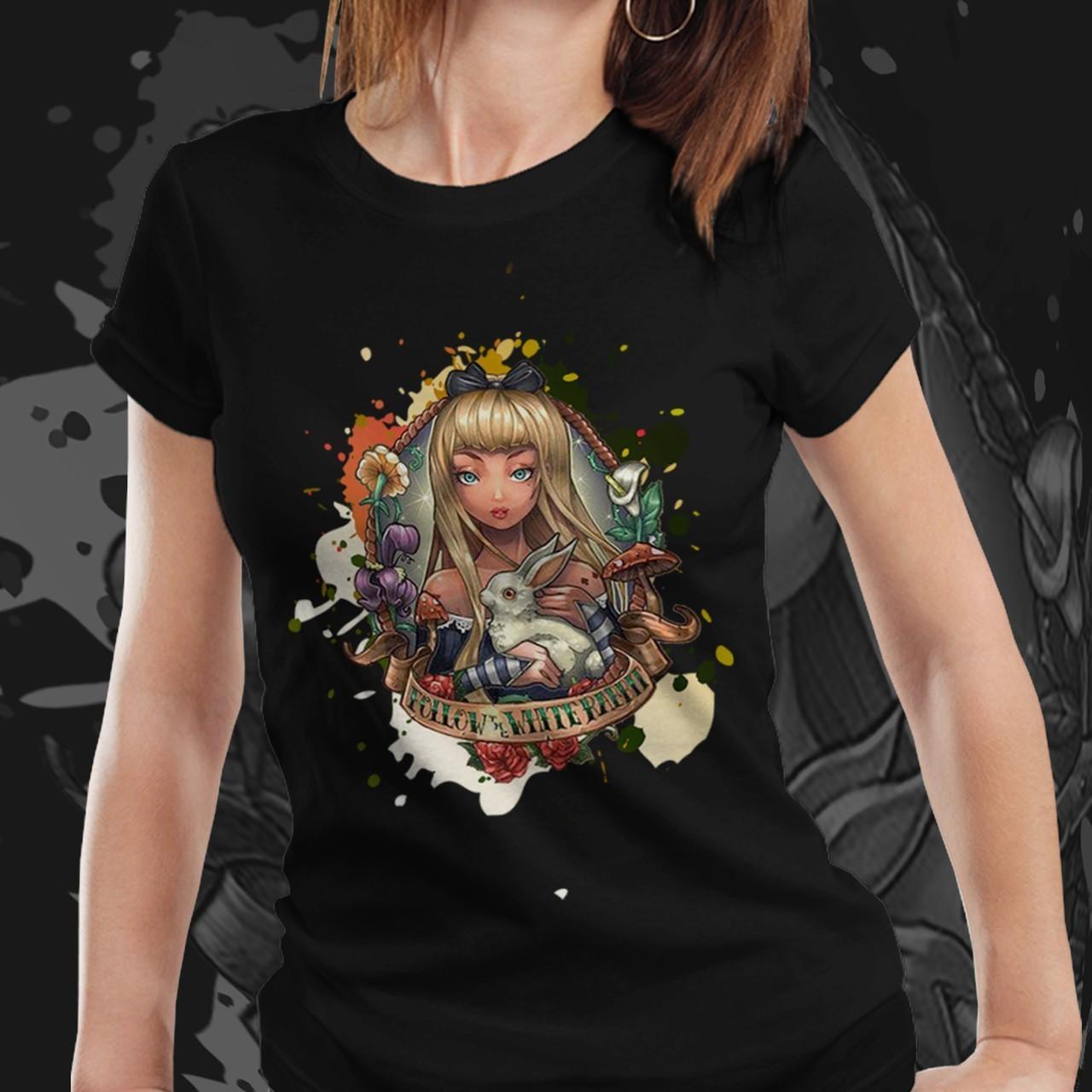 Camiseta Feminina Alice: Alice no País das Maravilhas - Disney (Preto) - EV