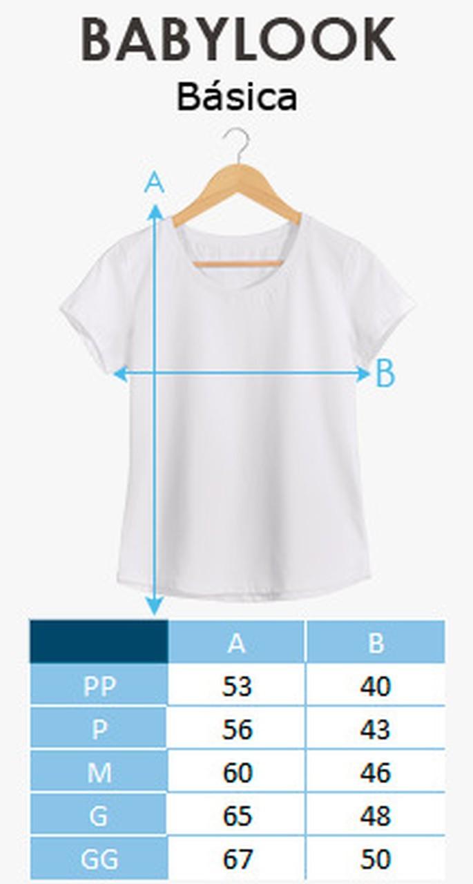 "Camiseta Feminina Gola V Baby Look: ""Uma Puta Mulher Bem Resolvida"" (Branco)"