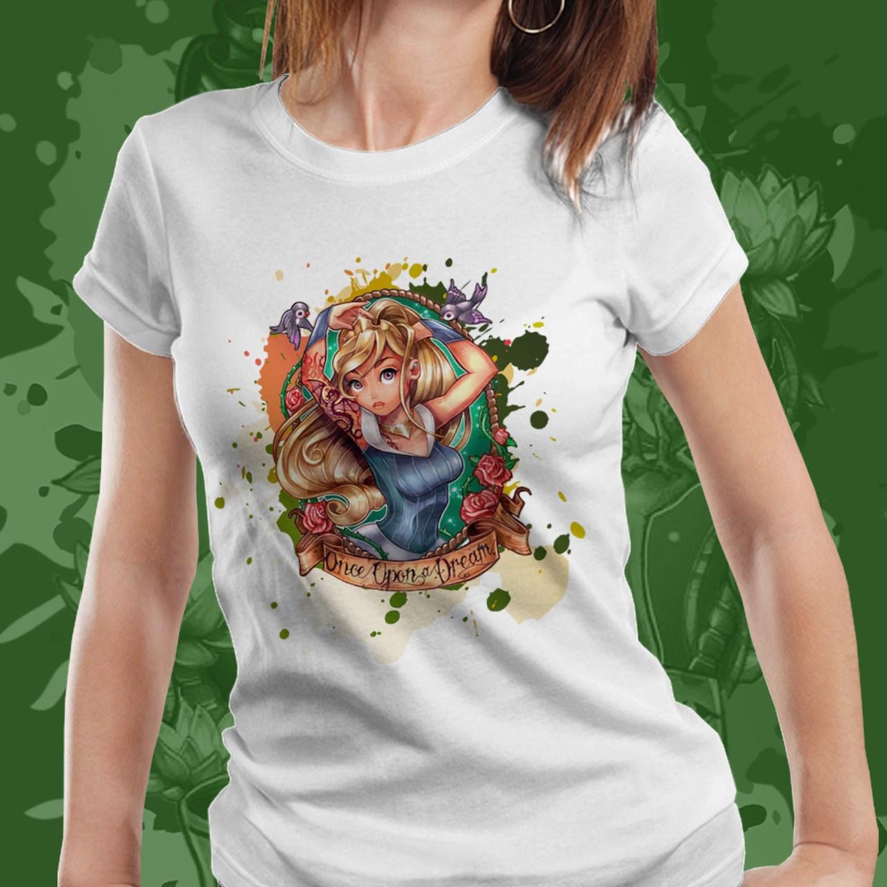 Camiseta Feminina Princesa Aurora: Bela Adormecida - Disney (Branco) - EV