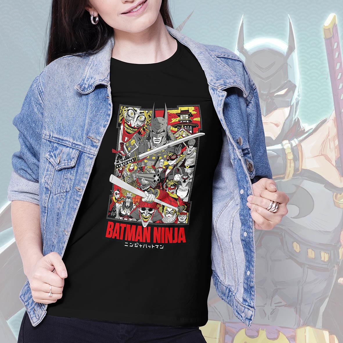 Camiseta Feminina Unissex Batman Ninja Poster (Preta) - EV