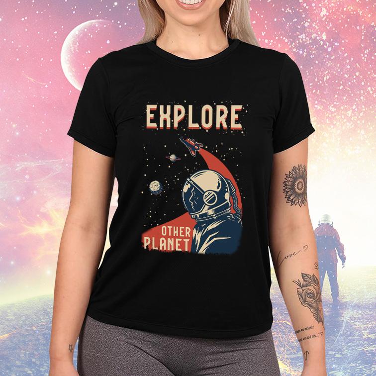 Camiseta Feminina Unissex Explore Other Planet Space Nasa (Preta) - EV