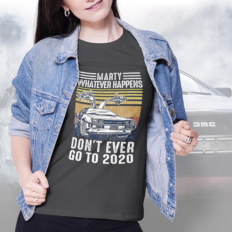 Camiseta Feminina Unissex Marty Whatever Happens Don't Ever Go To 2020 Outatime Delorean (Cinza Chumbo) - EV
